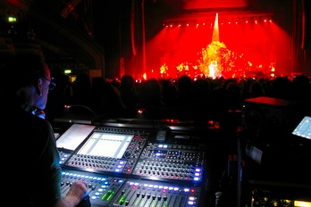SSE Hire has an L-Acoustics Kara system on tour with Double Platinum selling artist Paloma Faith for live dates throughout UK and Ireland.